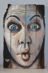 portrait peinture acrylique sur bois de palette par l'artiste française coraline van butsele
