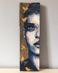 peinture-tableau-bois-demi-portrait-motif-dore-oiseau