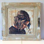 portrait à la Peinture acrylique sur porte de placard vieillie